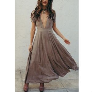 SAGE THE LABEL : BROWN PLUNGE MAXI NWT